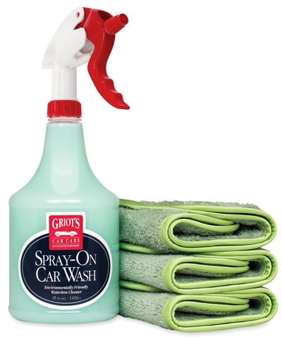 Griot's Spray-On Car Wash Kit with 3 Microfiber Towels
